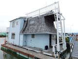 1972 SPECIAL CONSTRUCTION 37' X 14' 2 STORY FLOATING HOME (NON RUNNER) (SUBJECT TO SELLERS APPROVAL)