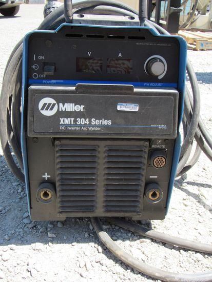 MILLER XMT 304 CC/CV WELDER