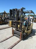 CATERPILLAR V30D WAREHOUSE FORKLIFT