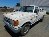 1989 FORD F-250 PICKUP TRUCK W/ TOOL BOXES