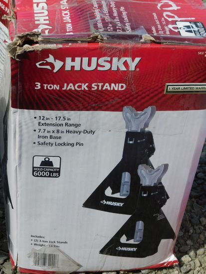 NEW & UNUSED HUSKY 3 TON JACK STANDS