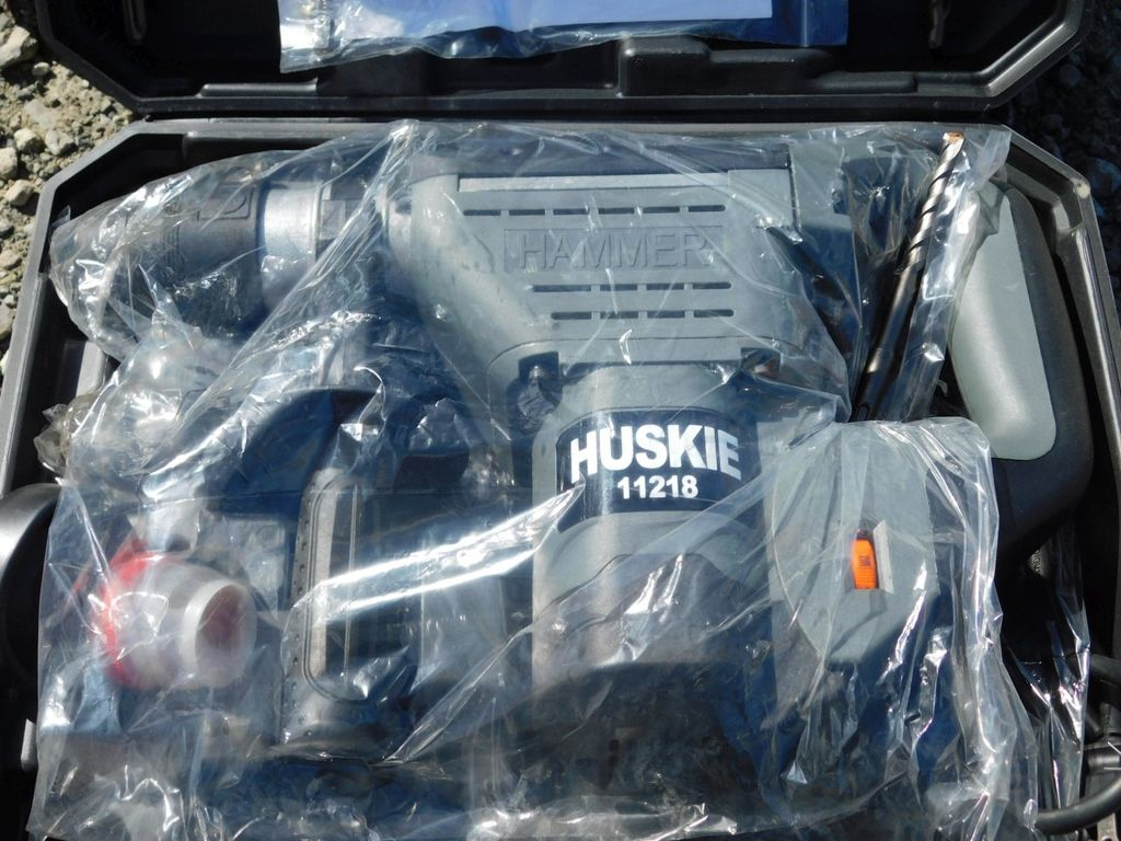 NEW & UNUSED HUSKIE 11218 ROTO HAMMER