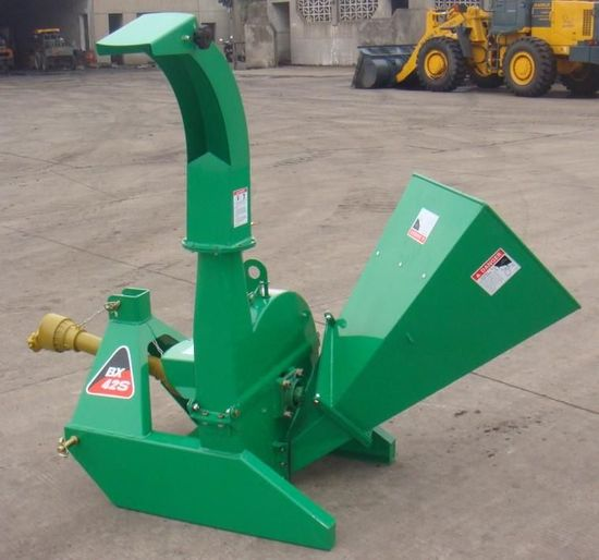 NEW & UNUSED 3 PT BRUSH CHIPPER ATTCH