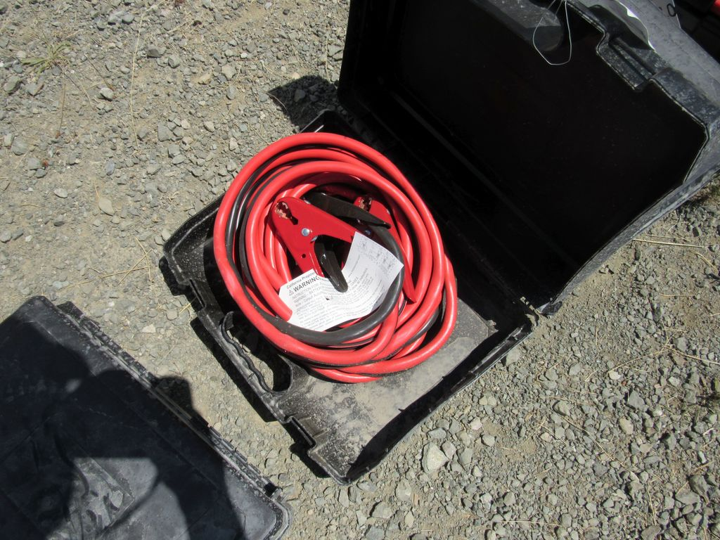NEW & UNUSED 25' BOOSTER CABLES