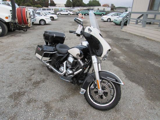 2014 HARLEY DAVIDSON 103 POLICE MOTORCYCLE (NO KEY)