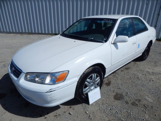 2000 Toyota Camry Le Cng