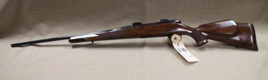 Weatherby Mark V 300 MAG. Rifle