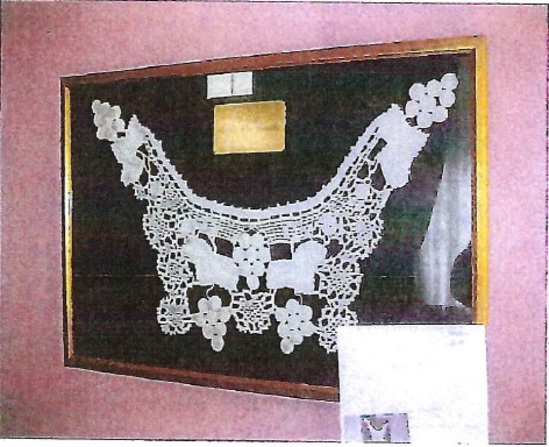 Crocheted Bib Collar