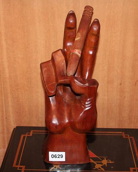 Wooden Cigar Hand