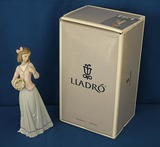 Lladro Innocence in Bloom
