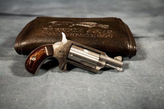Freedom Arms 22 Mag Pistol | Firearms & Military Artifacts