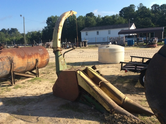 (208)JD 25 SILAGE CUTTER