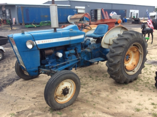 (21)FORD 3000