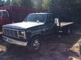(84)1986 FORD F350 FLATBED TRUCK