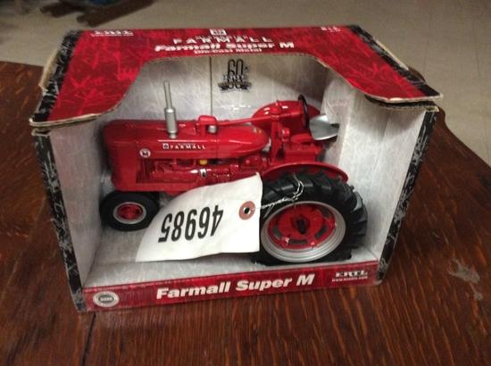 1/16 MCCORMICK FARMALL SUPER M