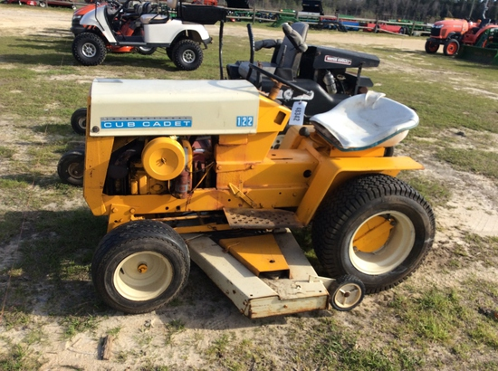 (12)INTERNATIONAL CUB CADET 122 MOWER