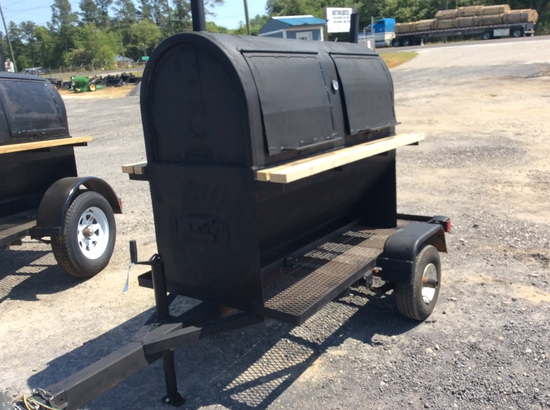 TRAILER MOUNTED GRILL