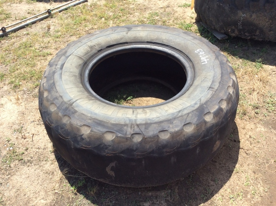 (116)ABSOLUTE - (1)17.5R25 TIRE