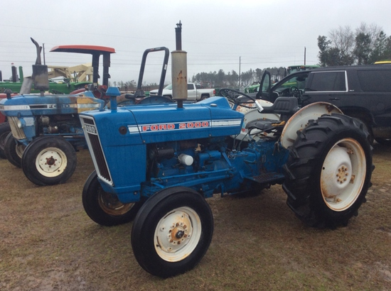 (21)FORD 2000