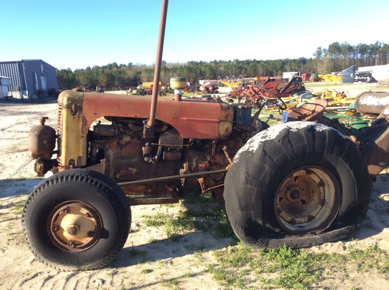 (7)CASE TRACTOR - SALVAGE