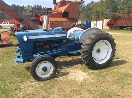 (17)FORD 3000