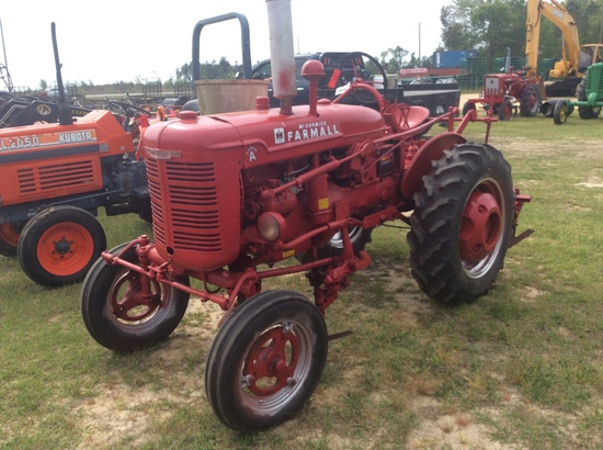 (8)FARMALL SUPER A W/ 2 ROW CULTIVATOR