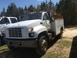 (79)2000 GMC C7500 SERVICE TRUCK