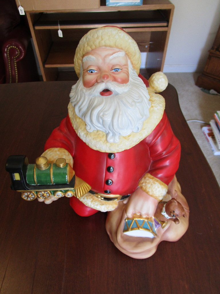 """The Franklin Mint """"The Night Before Christmas"""" Cookie Jar"""