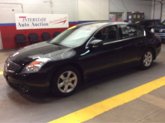 2009 Nissan Altima LOW MILES!