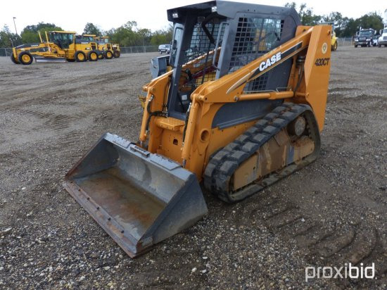 CASE 420CT SKID STEER;