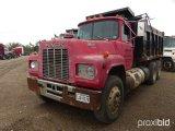 MACK R688ST DUMP TRUCK;