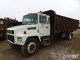 1991 MACK CS250P DUMP TRUCK;