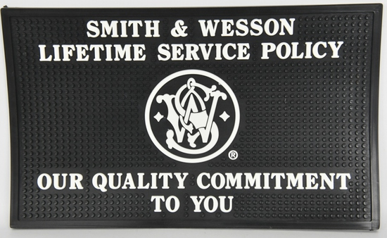 Smith & Wesson Rubber Dealer Counter Mat NEW