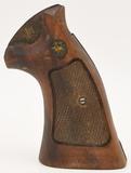 Smith & Wesson Walnut wood Grips for K-Frame SQ
