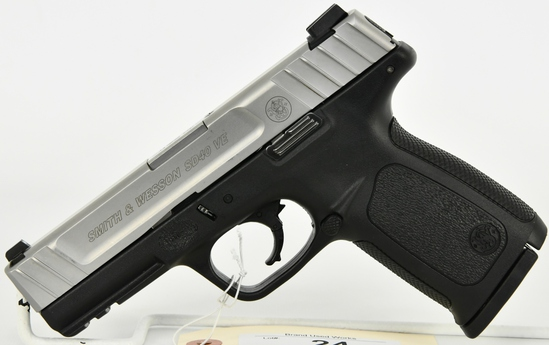Smith & Wesson SD40 VE Semi Auto Pistol .40 S&W