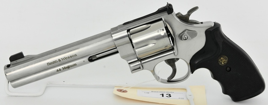 Smith & Wesson Model 629-5 Classic .44 Magnum