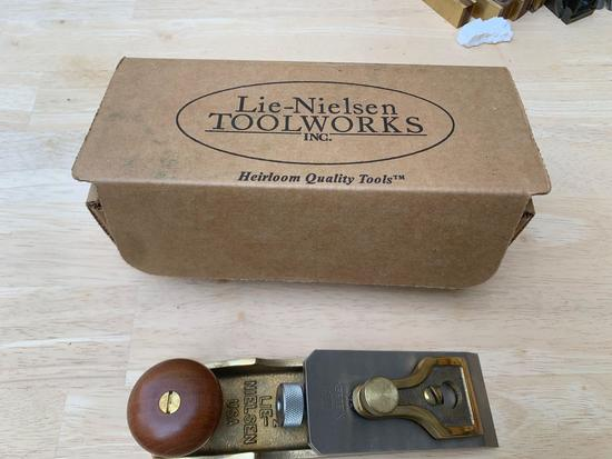 Lie Nielsen toolworks large , small plane