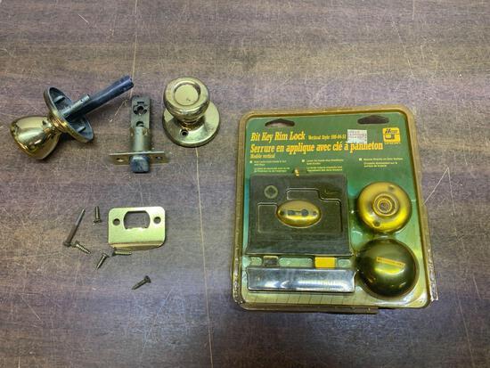 Lock and door knob lot