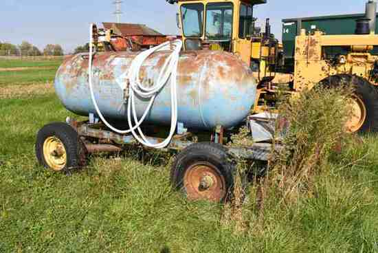 (Located in Mendota, IL) Diesel Fuel Tank Mounted