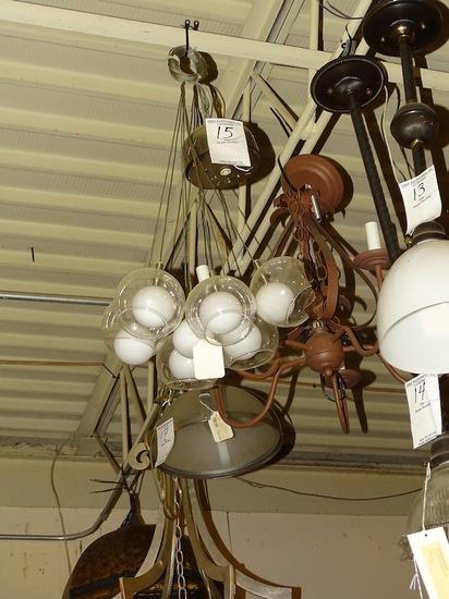 HANGING LIGHT ADJUSTABLE CABLES 1 BROKE GLOBE