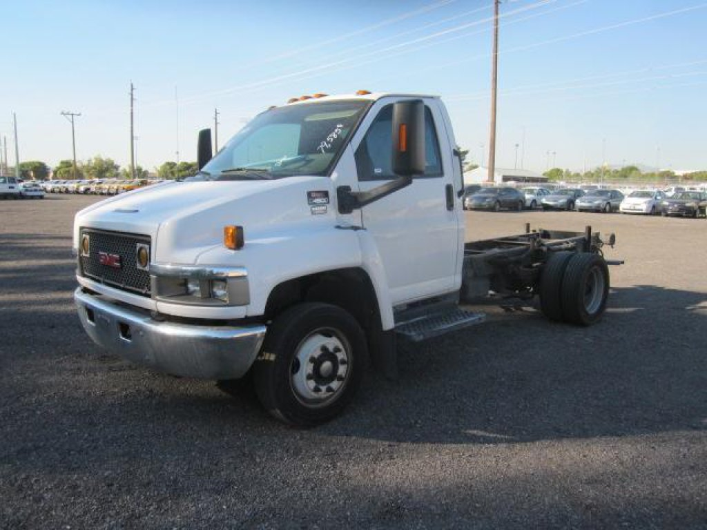 2006 GMC C4500 CAB & CHASSIS
