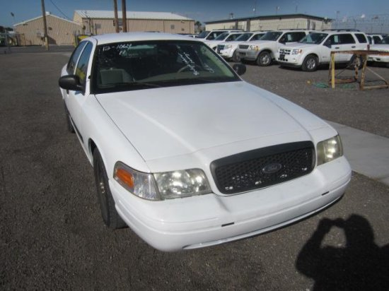 2011 FORD CROWN VIC