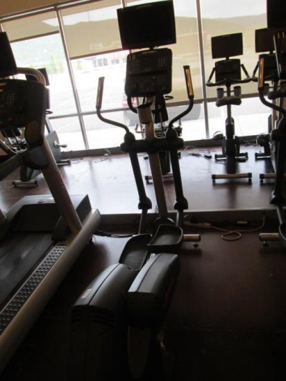 LIFE FITNESS CLSX