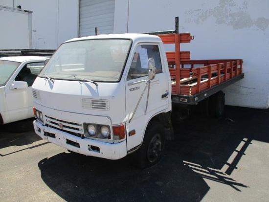 1985 ISUZU FLAT BED