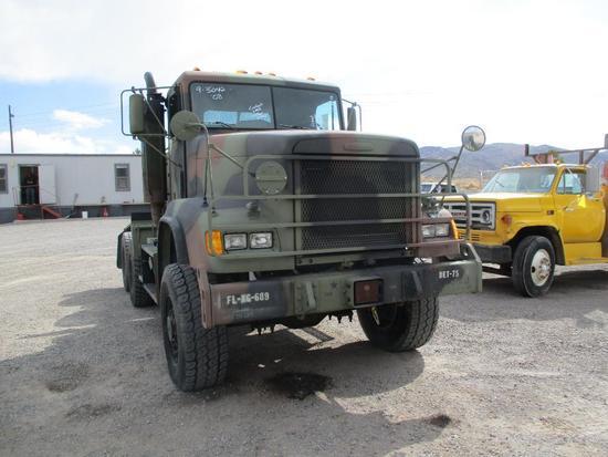 2009 FRIEGHTLINER M916A3 SEMI