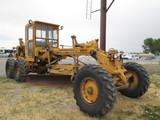 1971 CAT 120 GRADER