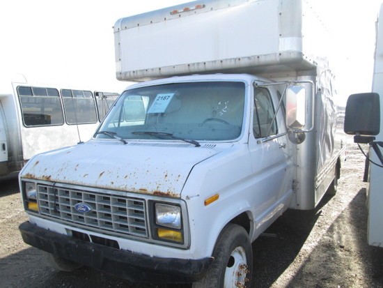 1990 FORD BOX VAN