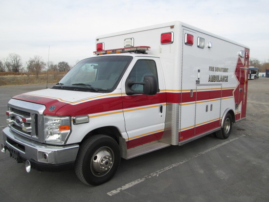 2008 FORD AMBULANCE