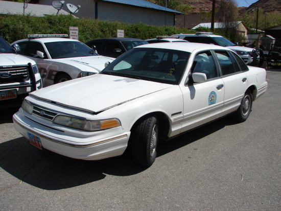 1995 FORD CROWN VIC