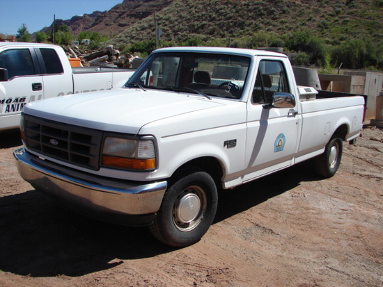 1993 FORD F150 2WD